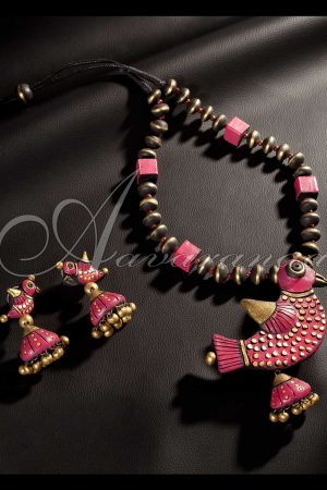 Buy Hand Crafted Terracotta Jewellery | Aavaranaa-0