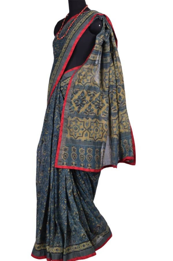 Dark Grey Maheshwari Saree - Beige Block Prints | Aavaranaa-7652