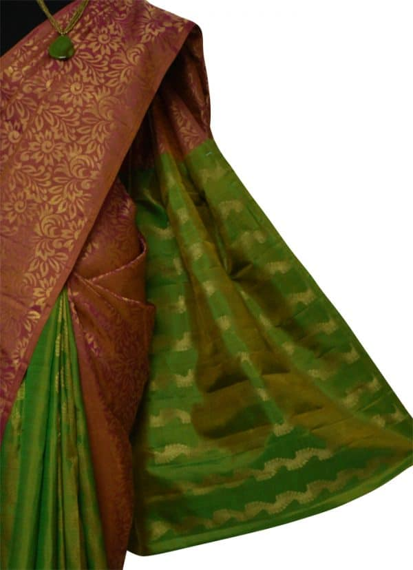 Onion pink and green partly pallu -9061