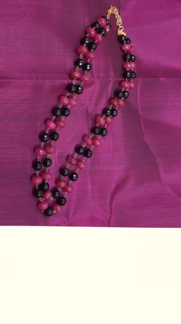 Pink and black bead chain -0