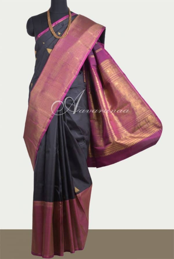 Black long border saree-0