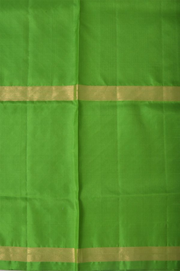 Green silk saree with tree border-13482