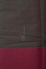 Manthulir green kanchi cotton saree with mayil chakram-14265