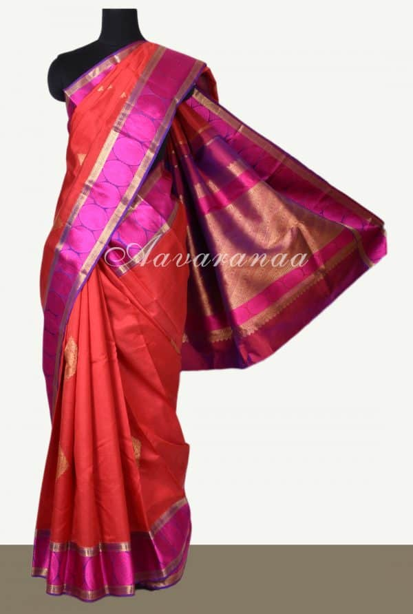 Red kanchi silk saree with majenta circle thread border-0