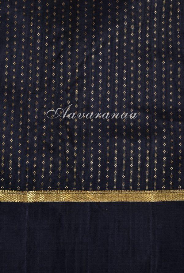 Green thread woven kanchipuram silk saree -17349