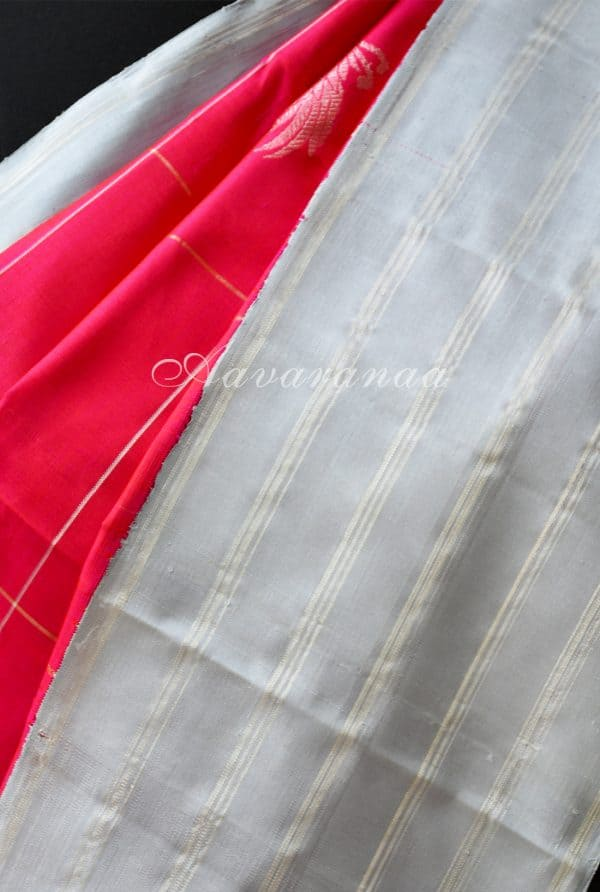 Pinkish red kancheepuram silk with grey stripes border -18532