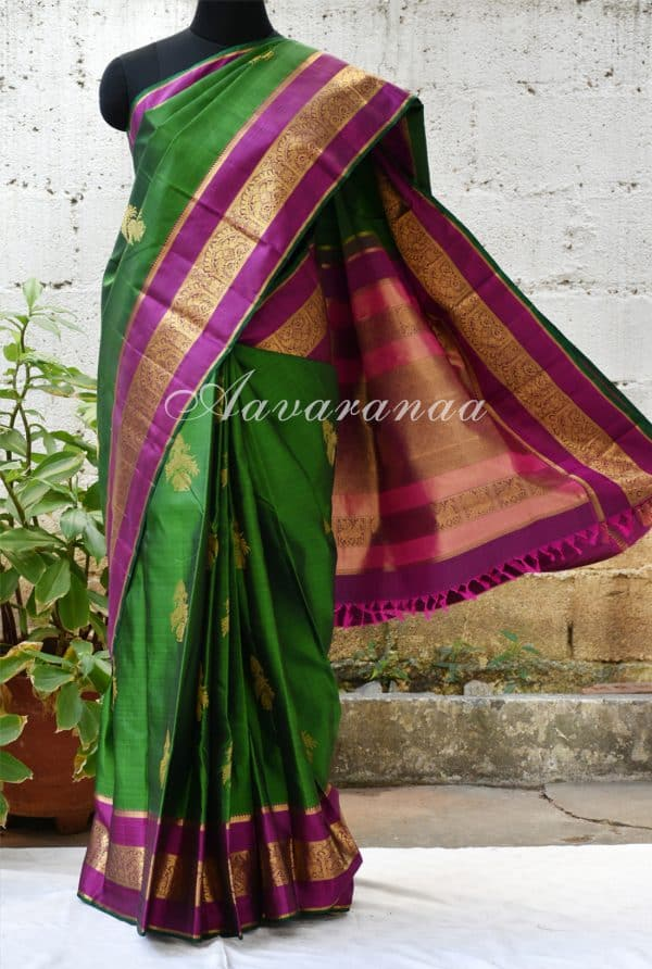 Leaf green kancheepuram silk saree with pink zari border -0