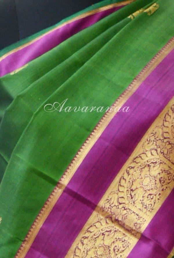 Leaf green kancheepuram silk saree with pink zari border -18701