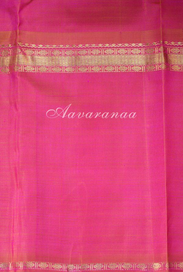 Peach kancheepuram silk saree with a rettai pattu border-19198