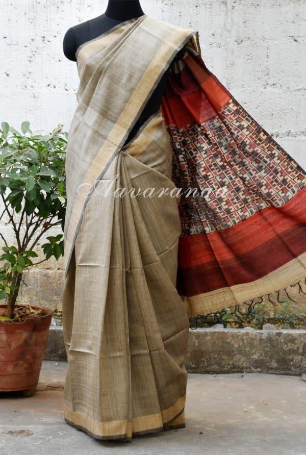 Plain beige with printed pallu tussar saree-0