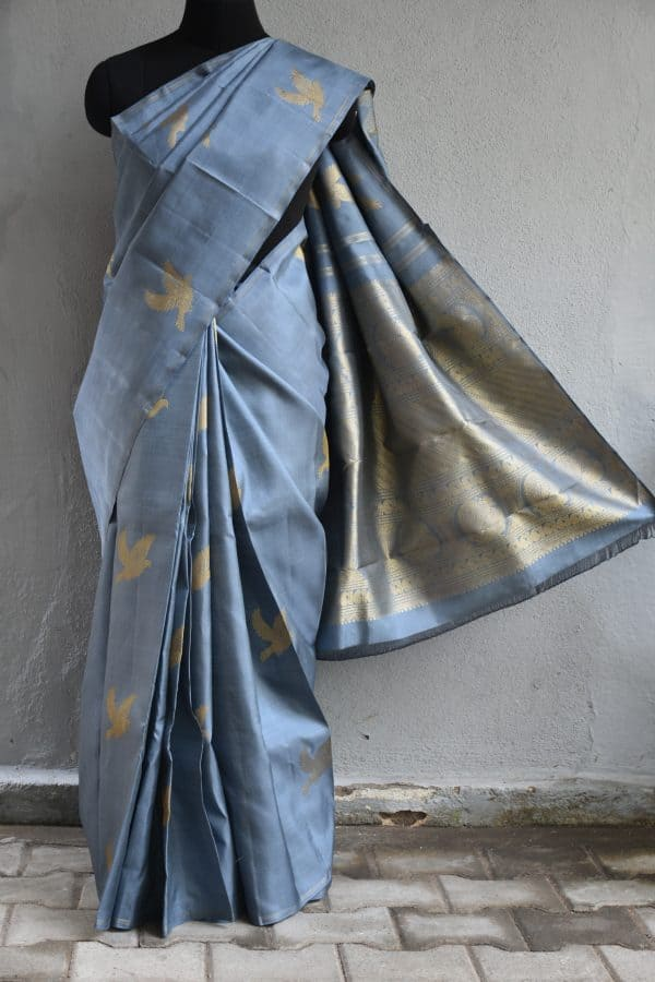 Grey bird design hand woven kancheepuram silk saree