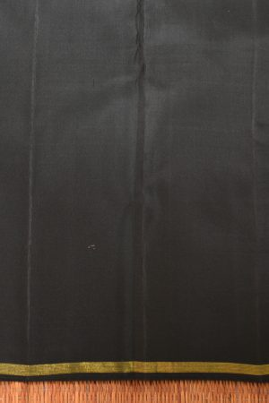 Green and black checks thread weave kancheepuram silk saree blouse
