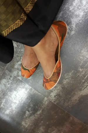 Orange kalamkari kancheepura footwear