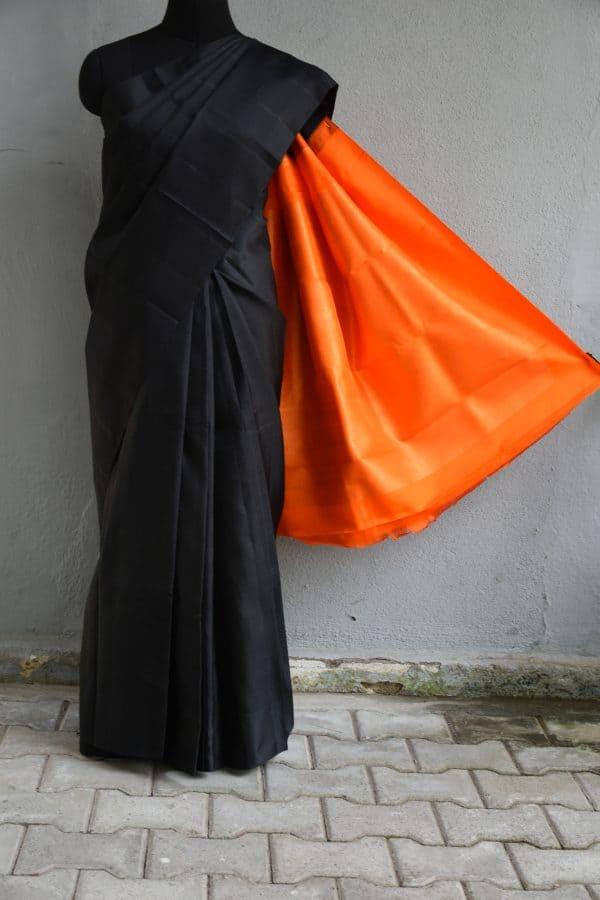 Black plain kancheepuram silk saree with orange zari woven pallu (1)