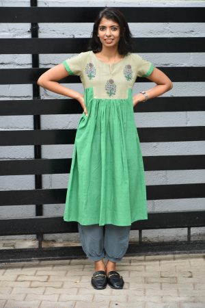 Green and grey pleated with printed cotton tunic