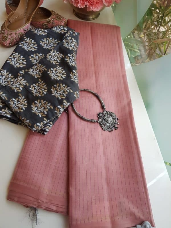 Dusty pink kanchi silk saree with thread work and grey pallu