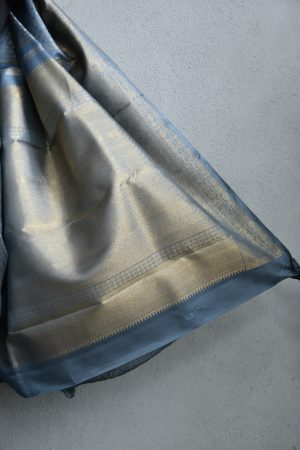 Grey kancheepuram silk saree with self border 4