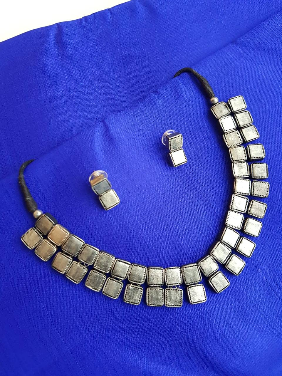 Grey terracotta necklace