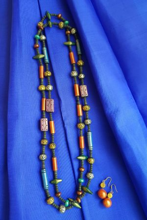 Multicolour long terracotta chain