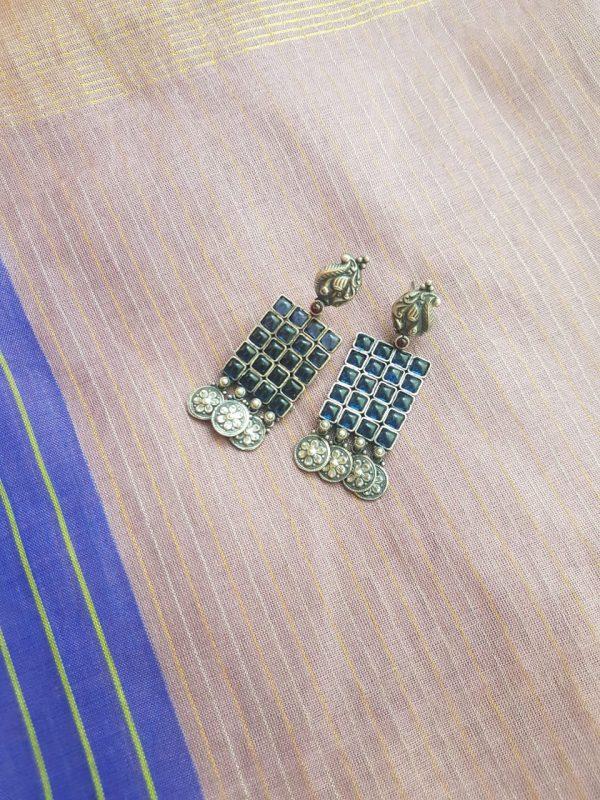 dark blue kemp silver earring