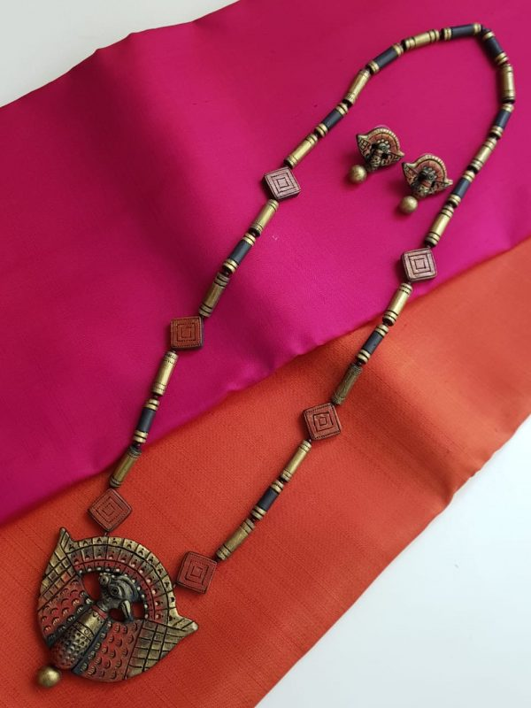 orange and gold terracotta chain