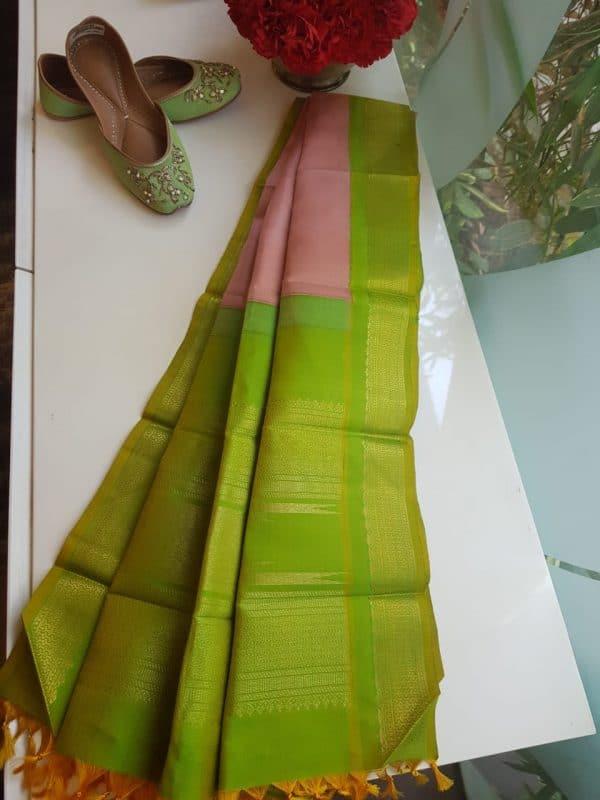 Dusty pink kanchi silk dupatta with green korvai border