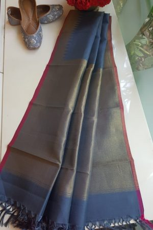 Grey kanchi silk dupatta with self border