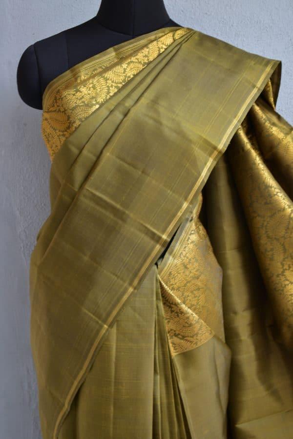 Olive green kanchi silk saree with zari 3
