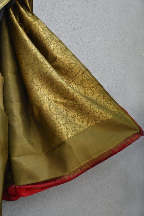 Olive green kanchi silk saree with zari 4