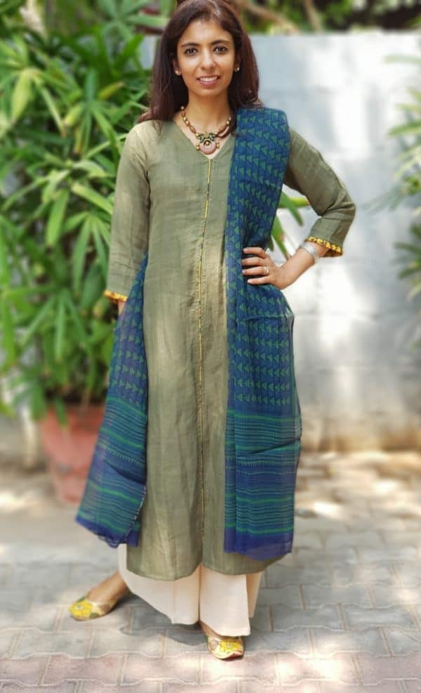 Green linen kurta and dupatta