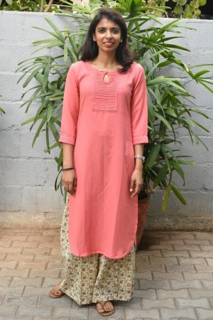Peach cotton linen kurta with printed pants