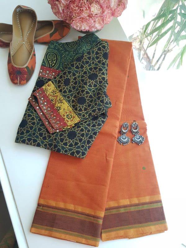 Rust kanchi cotton saree with buttis