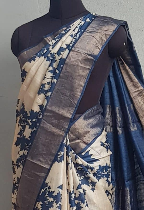 Beige tussar saree with blue maple leaf print and zari border 2