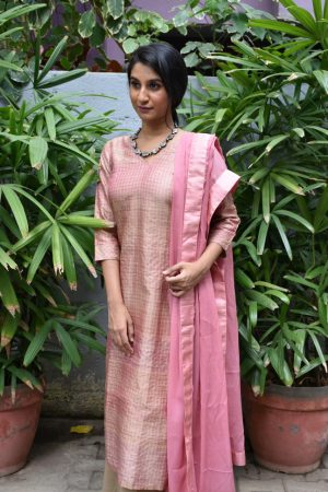 Blush pink tussar zari checks kurta 1