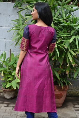 Navy Blue kanchi silk kurta back