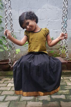 Green black cotton skirt set 1