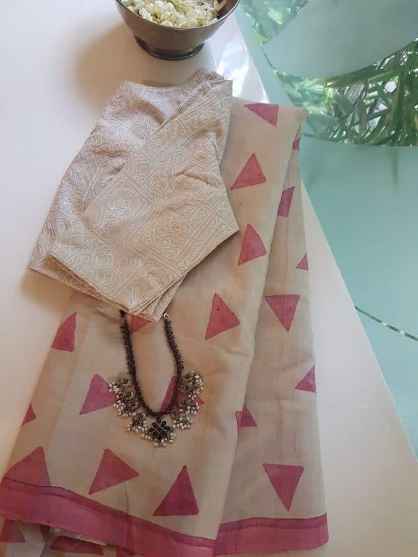 pink beige triangle print tussar saree