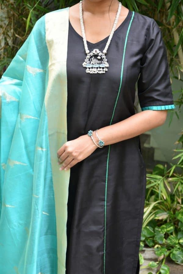 Black silk kurta with uppada dupatta 1