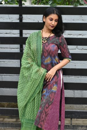 Brown central asian ikat kurta dupatta