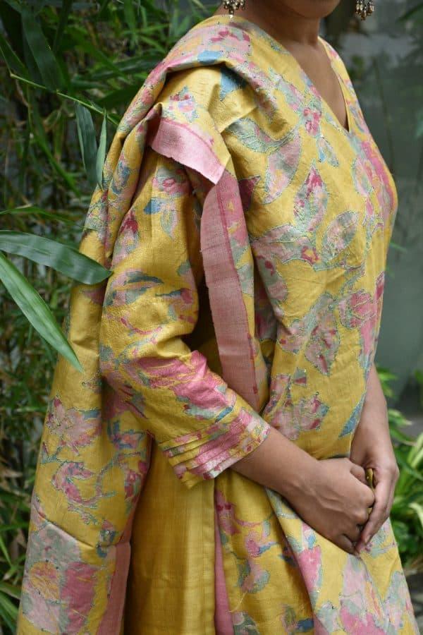 Yellow printed tussar kurta with kantha embroidered dupatta 1