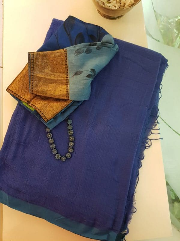 Blue missing checks cotton saree