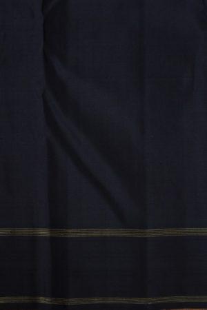 Grey thread jacquard kanchi silk saree with black border 1