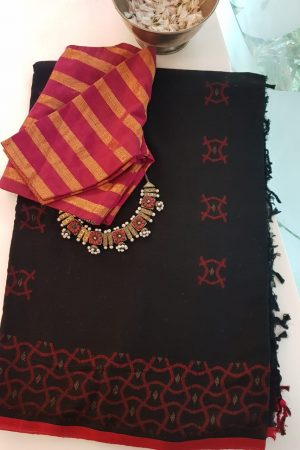 Red and black cotton jamdani saree
