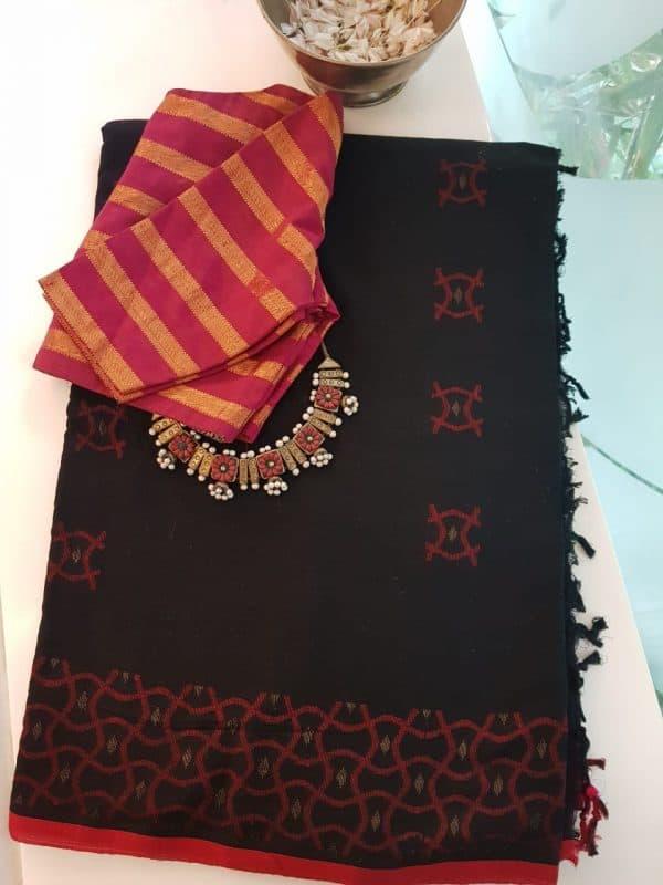 Red and black cotton jamdani saree