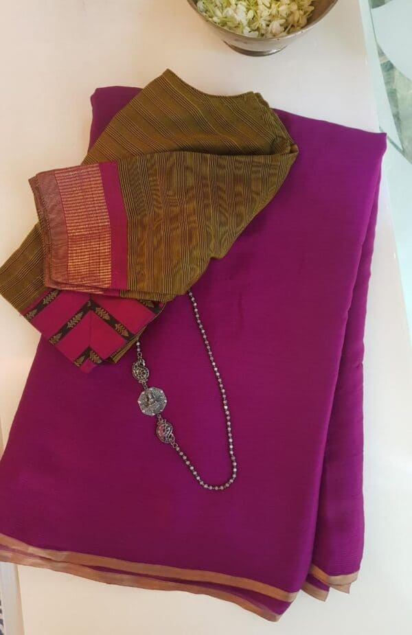 majenta wrinkle crepe saree