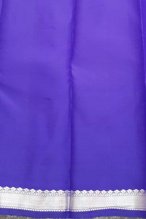 Lilac kanchipuram saree with silver border1
