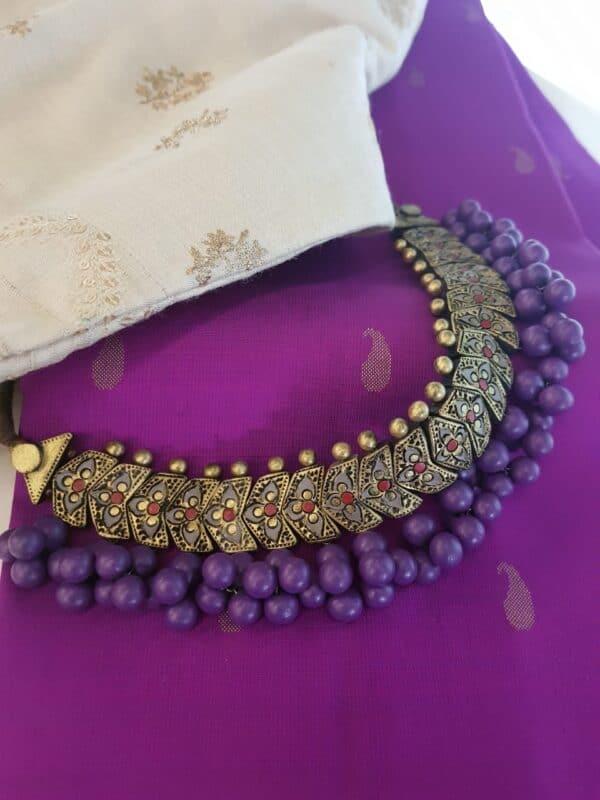 Terracotta choker with purple beads2