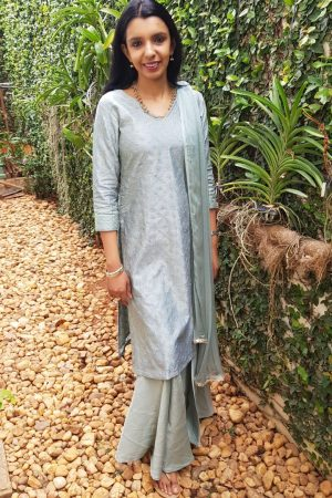 grey chanderi with zari work top2