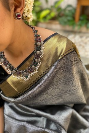 Black kanchipuram silk saree with silver body and gold border2