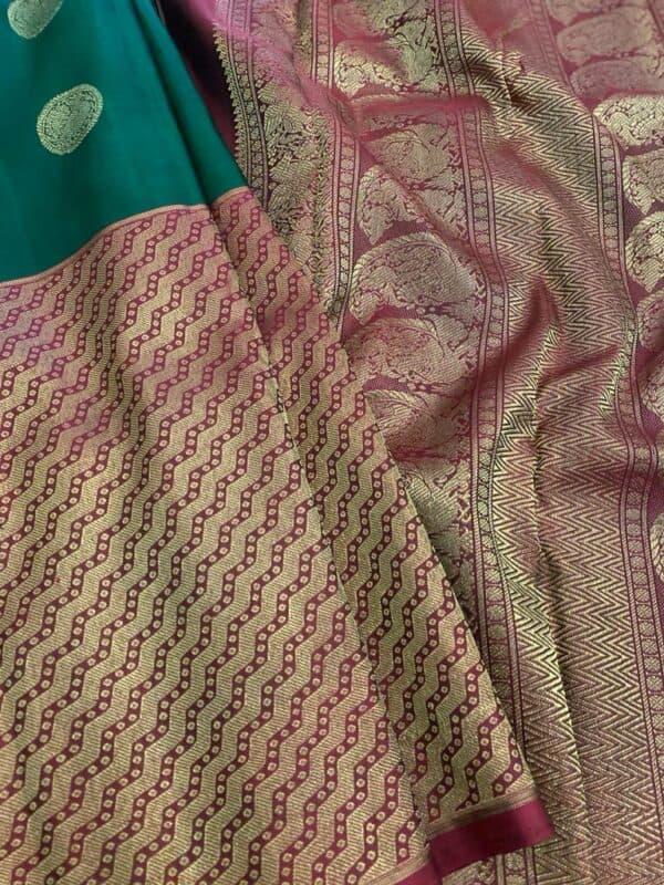 Bottle green and maroon one side border kanchipuram silk saree2